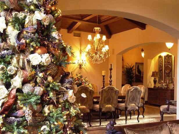 Top 10 Christmas Tree Decorating Ideas Ever