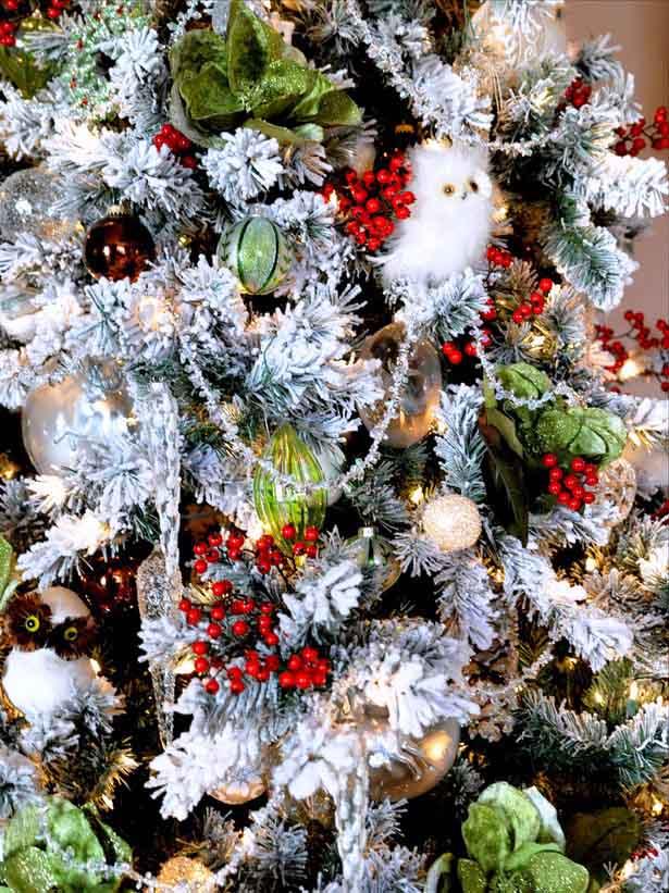 Creature Comfort Christmas Tree Decorating